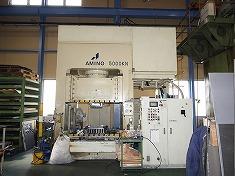 油圧プレスSDPT500N